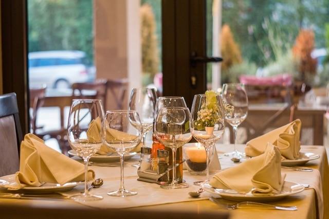 https://bourbonnaiscomfortinn.com/wp-content/uploads/2017/04/restaurants-bourbonnais-illinois.jpeg